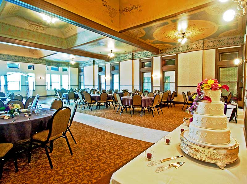 Bloomington In Catering - Fountain Square 1